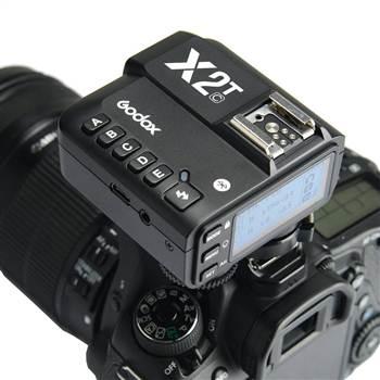 Hình ảnh đầu tiên về Trigger Godox X2T-C cho máy ảnh Canon
