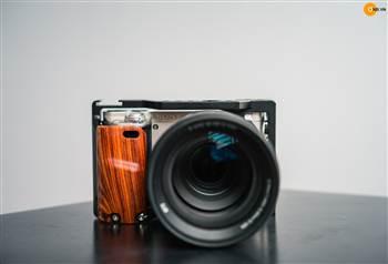 Show gear Uurig cho Sony A6000 kèm bán gỗ len sony 18-105G