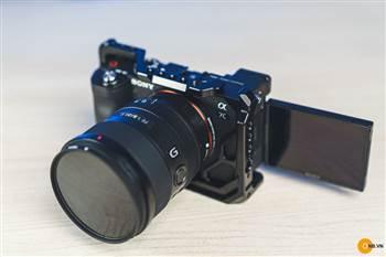 Trên tay Khung Smallrig cage Sony ALpha a7c và len FE 20mm f1.8